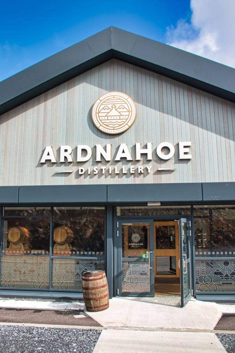 Ardnahoe Eingang des Besucherzentrums
